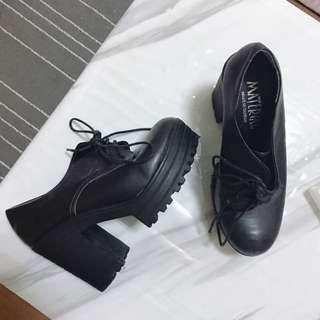 🚚 粗跟厚底鞋