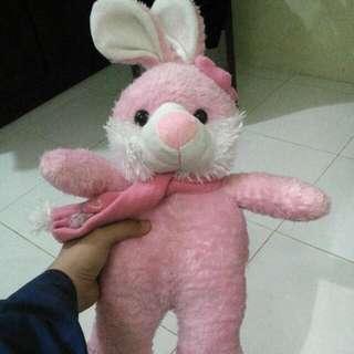 Boneka Kelinci Warna Pink