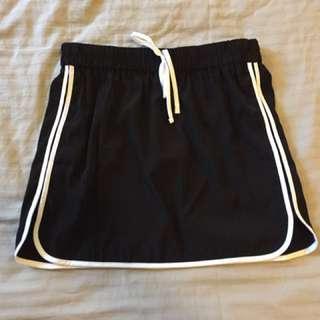 Sporty Black Skirt Size 10