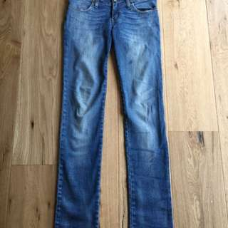 Blue Worn Out Jeans