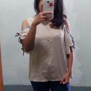 Baju Lengan Bolong