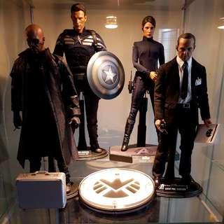 1/6 Hot Toys Avengers Shield Crew