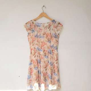 LN for hardware vintage flower dress