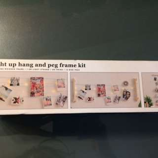 Light Up Hang And Peg Frame Kit