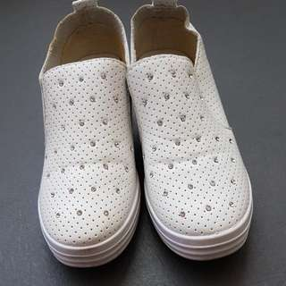 White Shoes With Platform.