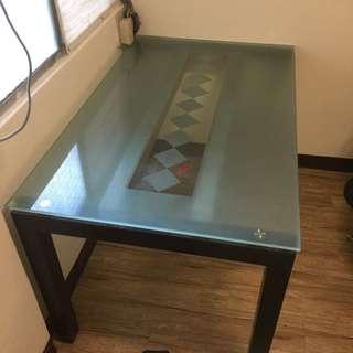 透明大玻璃桌