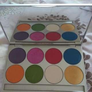 Pro Make Up Eyeshadow (Graftobian) With Freebies