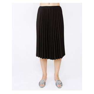 FOR SALE! TURUN HARGA! Rok Pleated This Is April