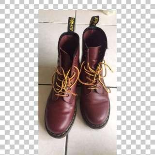 Dr Martens 八孔 紅色 靴 UK5