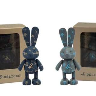 全新agnes b.立體經典兔仔磁石 只售$48