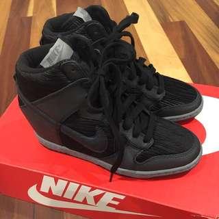 *NEW* Nike