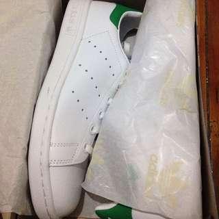 BRAND NEW Adidas Originals Stan Smiths