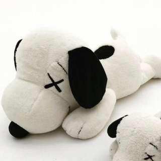 🚚 徵 徵 徵 Kaws X Snoopy 娃娃 M號