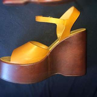 Brown Rubi Thick Wedges