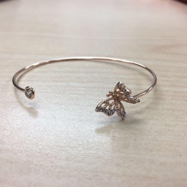 玫瑰金蝴蝶手環