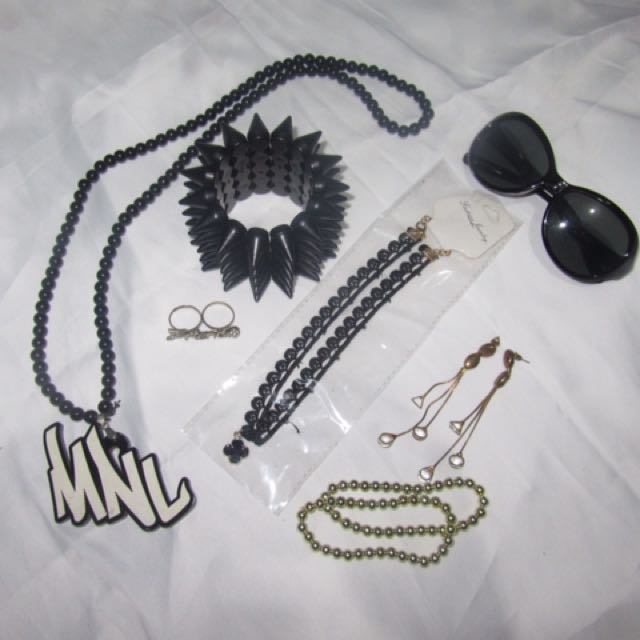 Accessories Set 2