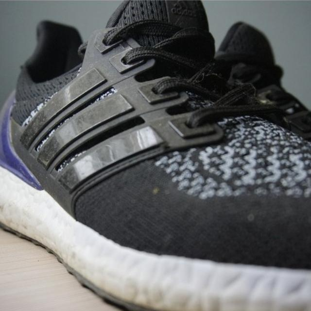 Adidas Ultra Boost Black/Purple Size 41 1/3