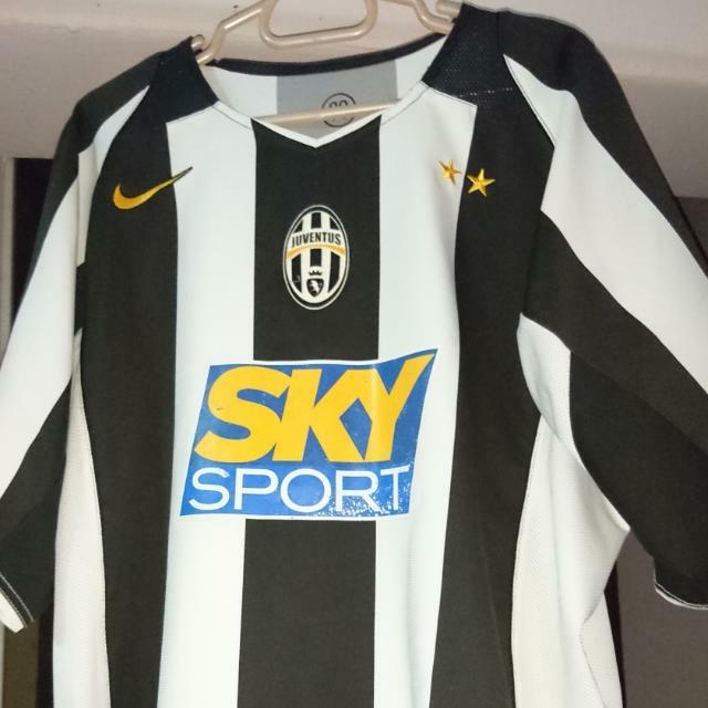 size 40 de418 f7db2 Authentic Juventus 2004 Home Jersey