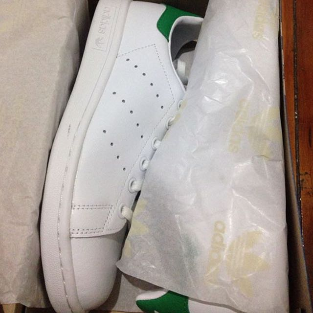 BRAND NEW Adidas Originals Stan Smiths