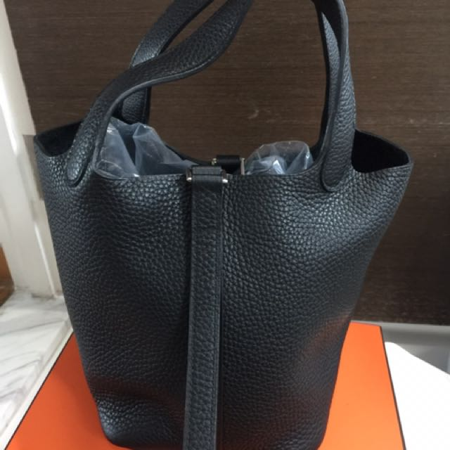 ... shopping brand new hermes picotin 18 in black luxury bags wallets on  carousell d3990 73480 ... 06cd05200574f