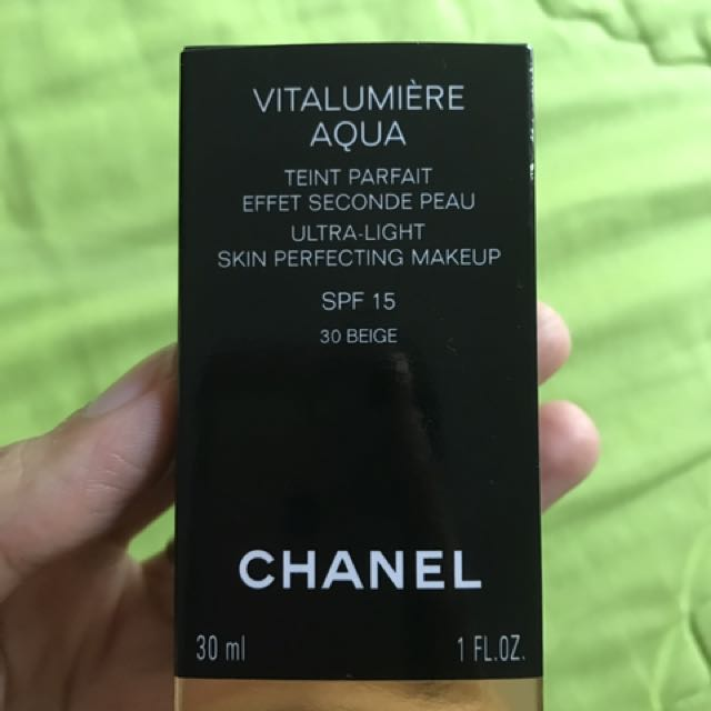 chanel foundation vitalumiere aqua