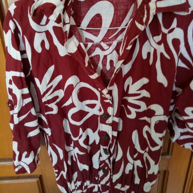Dress Merah Marun Motif Abstrak