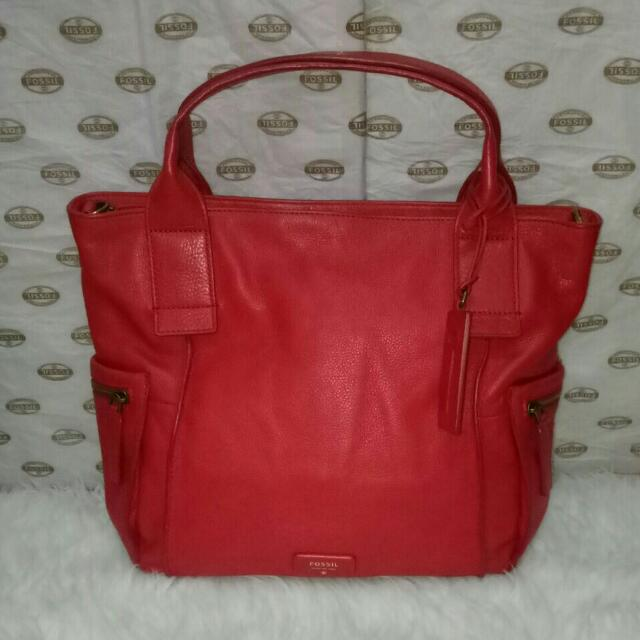 emerson red size L