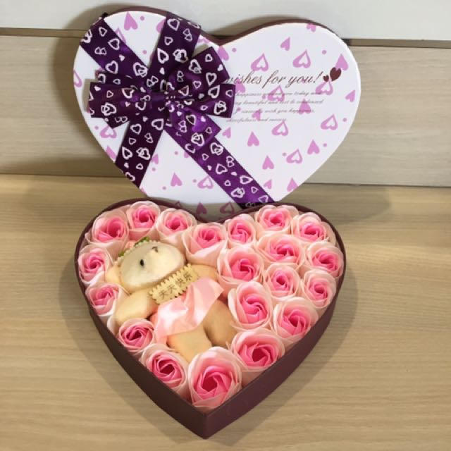 Flash Deal 28 Flower Rose Soap Gift Box With A Bear Ideal For Valentine S Day Mother S Day Birthday Anniversary Do Refer To Photos Real