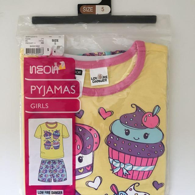 Girls Pyjamas Size 5