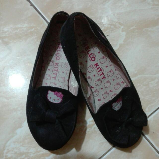 Hello Kitty School Shoes