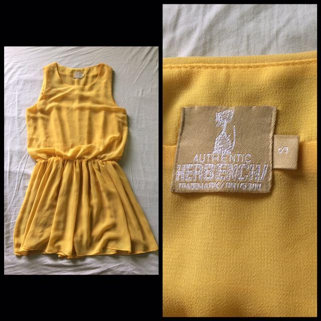 Herbench Dress