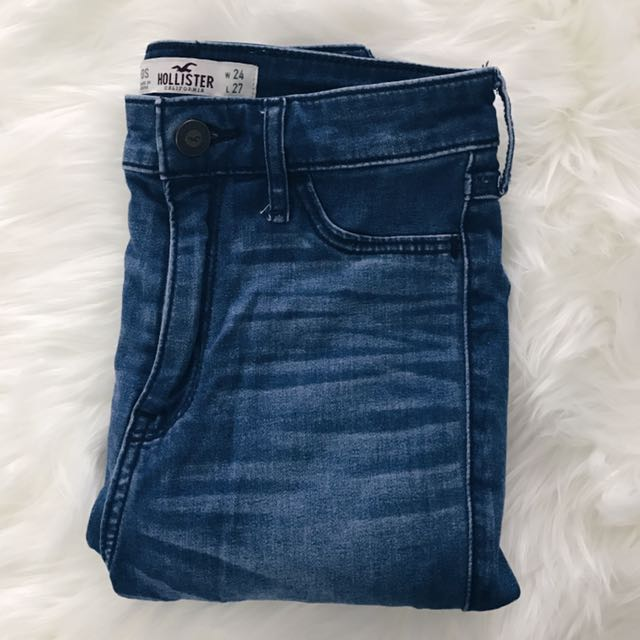 High Waisted Jegging (Medium wash) // Hollister