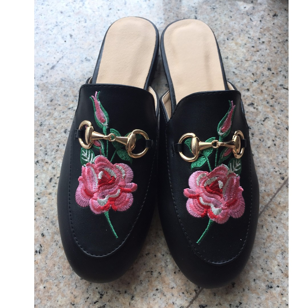 afaa24ab30fb3 INSTOCKS  Embroidered mules Floral  Gucci Inspired  SALE