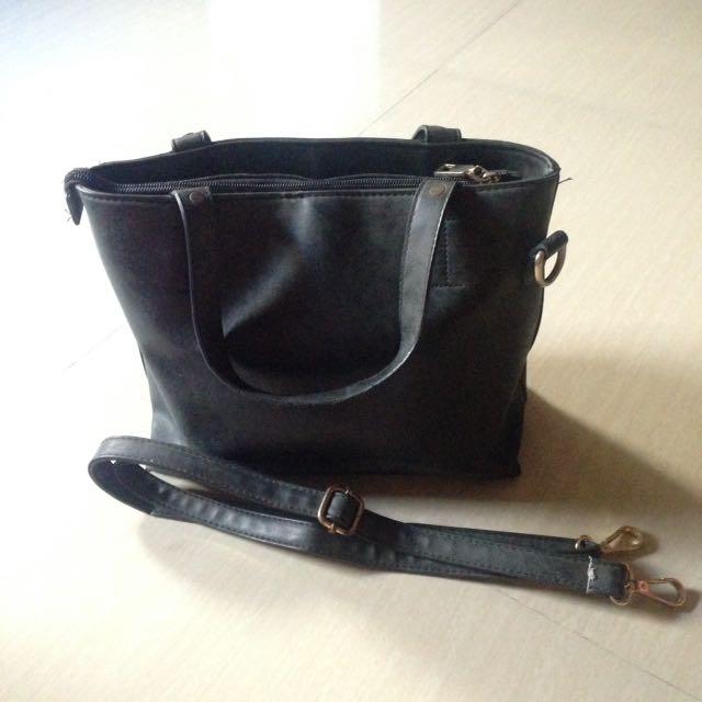 Leather bag (Sling or Handy)