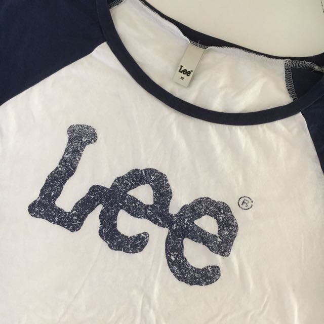 Lee Cropped Tee Size 10