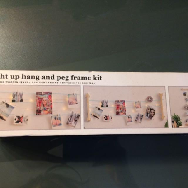 Light Up Hang And Peg Frame Kit