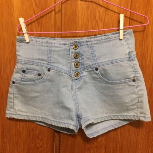 高腰排扣牛仔短褲-M