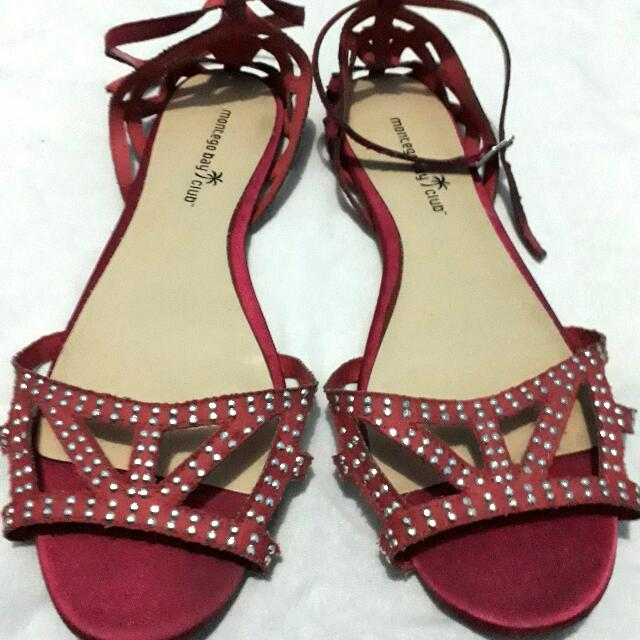 Montego Bay By Payless