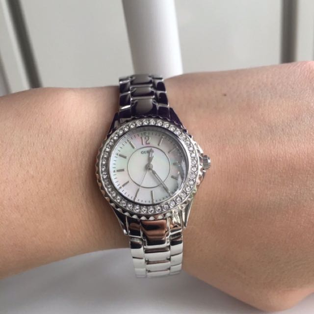 NEW GUESS WATCH MOTHER OF PEARL FACE
