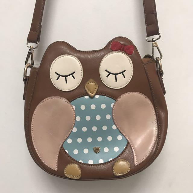 owl slingbag