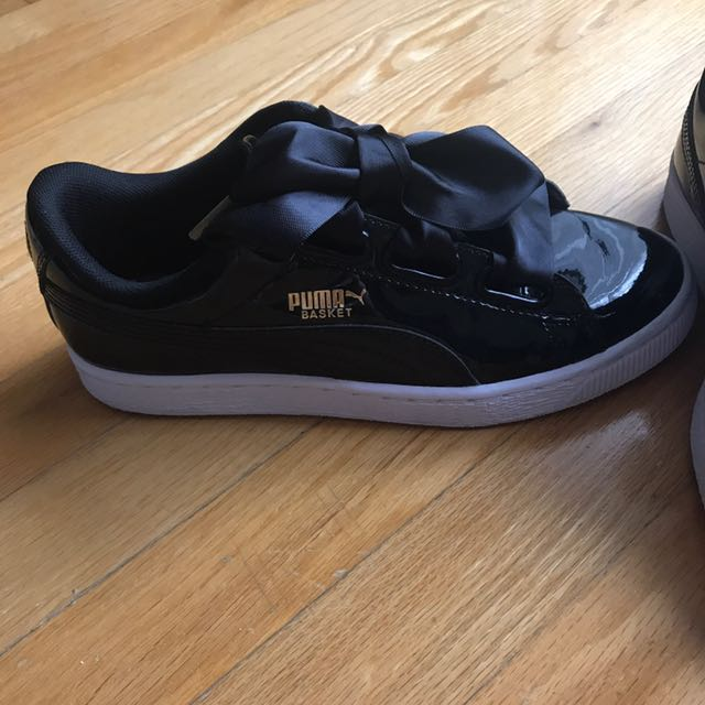*price Drop* PUMA Basket Hearts (patent)