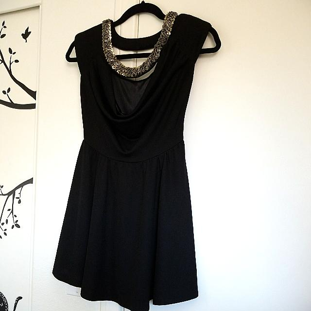 Quilty Black Party Dress With Jewlry.