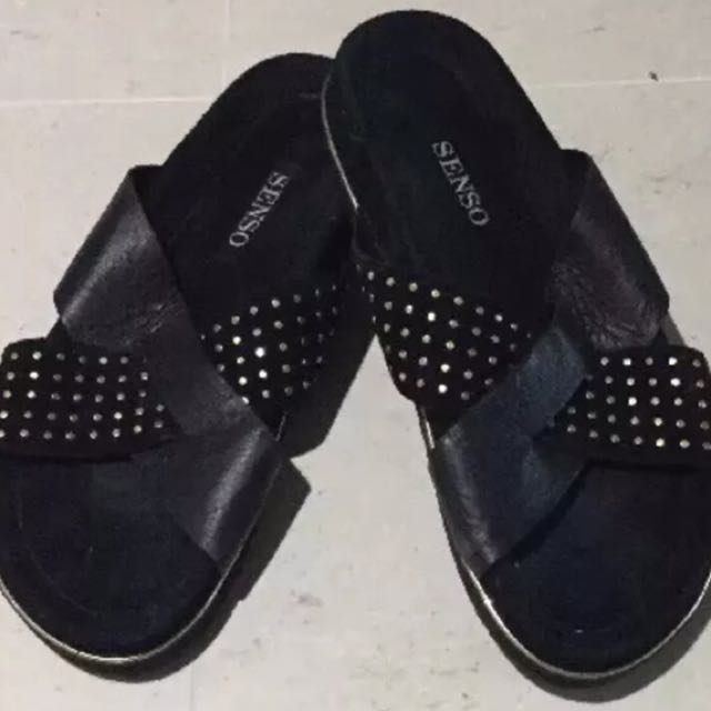 Senso Eddy Sandals Black Suede Size 39 RRP $250 SOLD OUT IN STORES