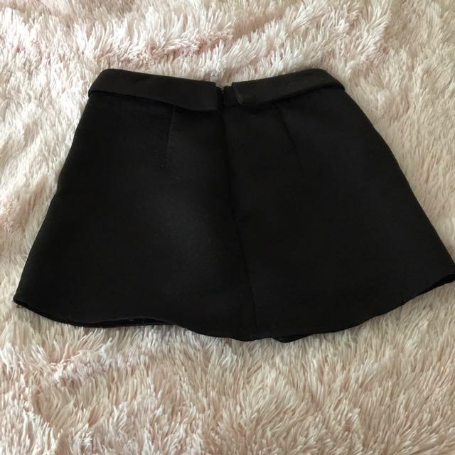 Size 6 Glassons Skirt
