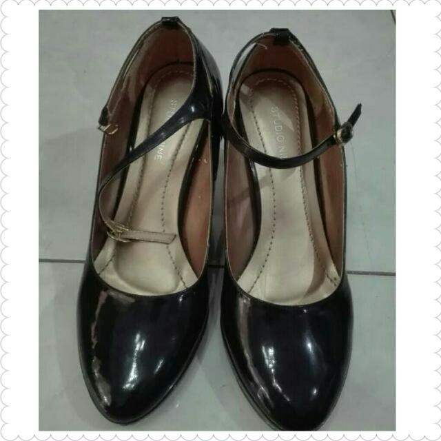 Studio Nine size 38