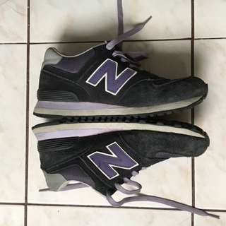 New Balance 574 Purple/Black (Size 9.5)