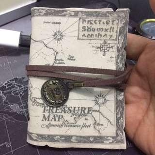 World Map Name Card Holder