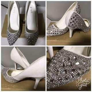 Shoes: Size 37, White & Blings (by KIYO)