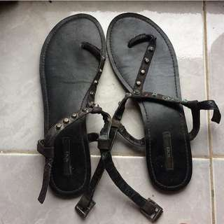 FOREVER XXI Gladiator Sandals / 38 fit 39