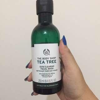 The Body Shop Tea Tress Skin Clearing Facial Wash